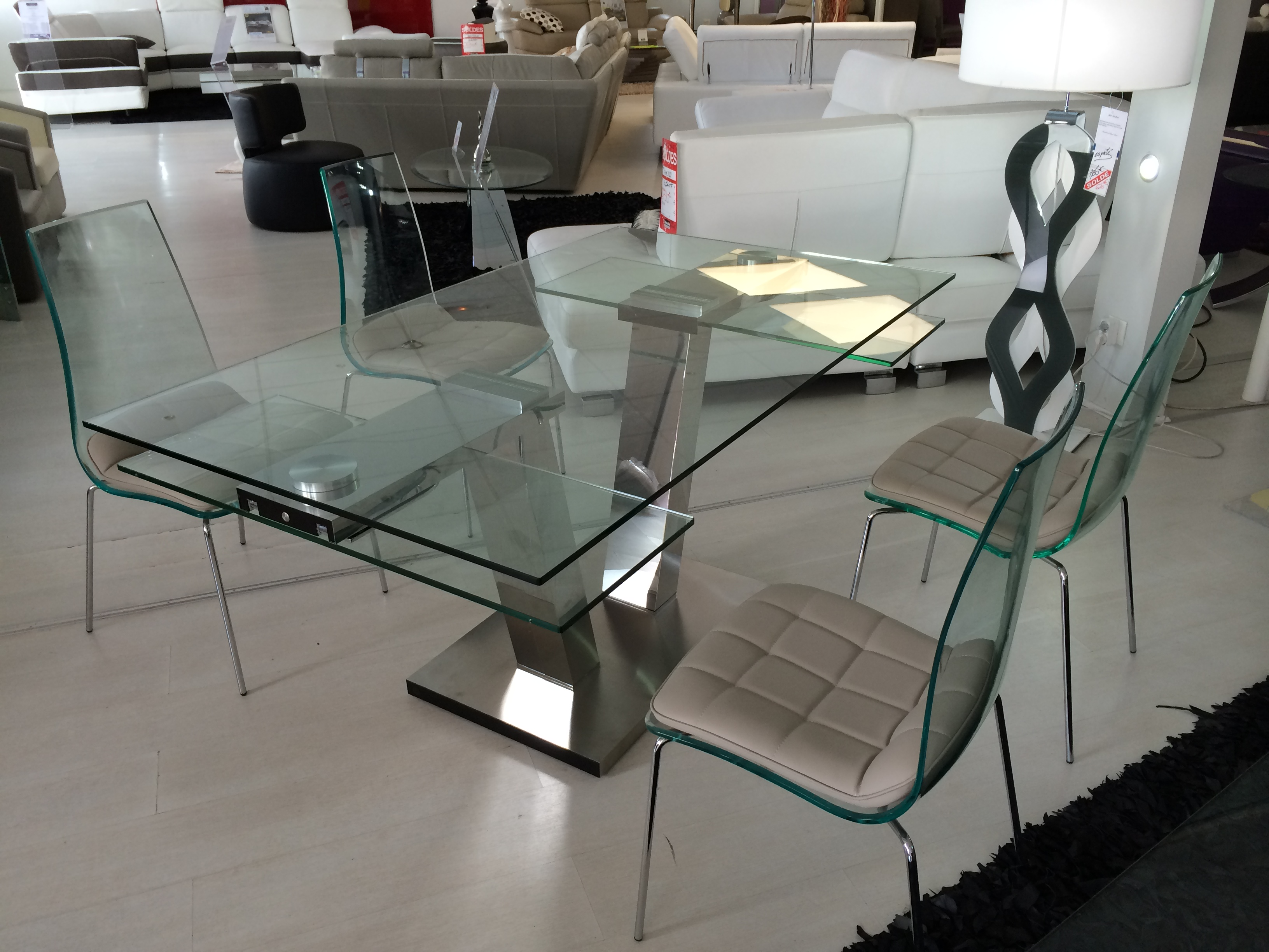Table repas design verre extensible vinci eda concept for Table en verre a rallonge