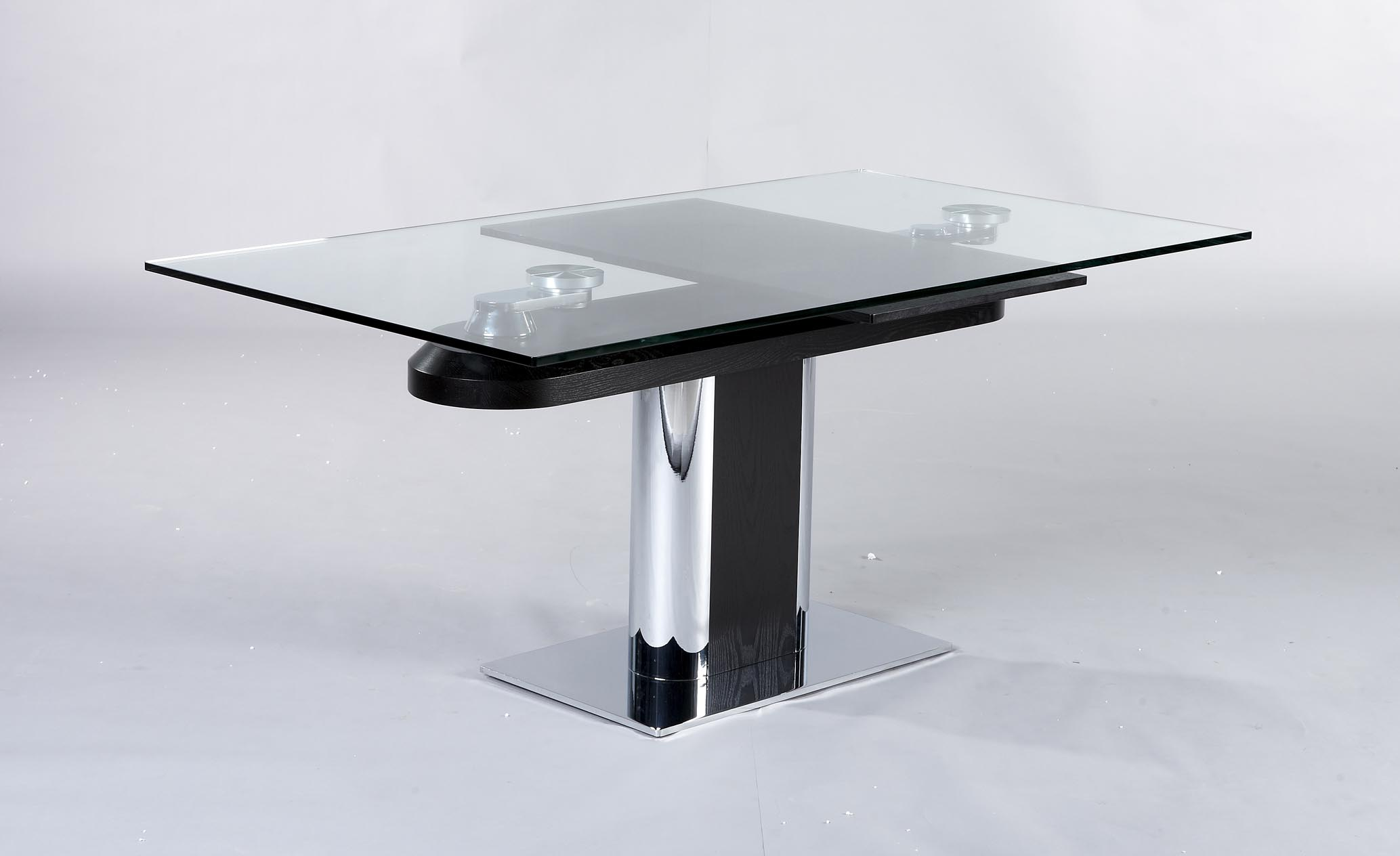 Table salle manger design en verre avec rallonges for Table a manger en verre